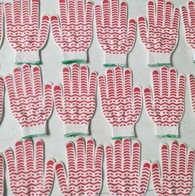 Bao tay poly dệt máy 10 kim phủ hạt nhựa loại 50g
